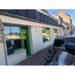 Location Local commercial Évreux 65 m²