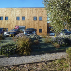 Vente Bureau Peyruis 198 m²