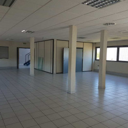 Vente Bureau Genas 612 m²
