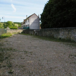 Location Terrain Bourron-Marlotte 202 m²
