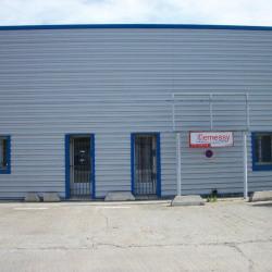 Location Local d'activités Nîmes 180 m²