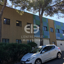 Location Local commercial Vallauris 260 m²