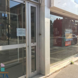 Location Local commercial Saint-Max 50 m²