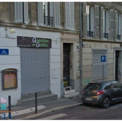 Location Local commercial Marseille 1er 46 m²