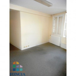 Location Local commercial Chartres 47 m²