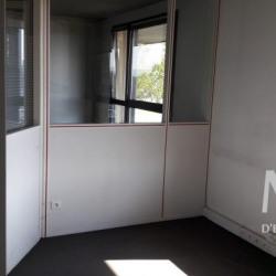 Location Bureau Limas 174 m²