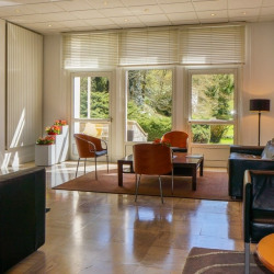 Location Bureau Saint-Rémy-lès-Chevreuse 804 m²