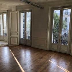Location Bureau Paris 3ème 223 m²