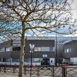 Location Local d'activités Stains 2470 m²