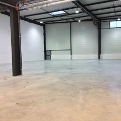 Location Entrepôt Tigery 377 m²