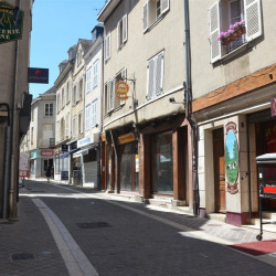 Location Local commercial Chartres 947 m²