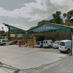 Location Local d'activités Carros 1000 m²