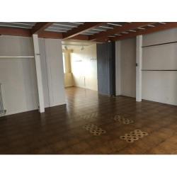 Location Local commercial Évreux 65 m²