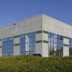 Location Entrepôt Ingré 27913 m²