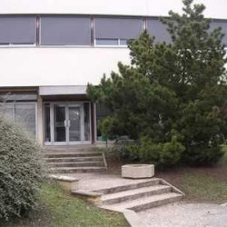 Location Bureau Senlis 151 m²