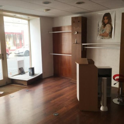 Vente Local commercial Fougères 58,3 m²