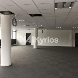Location Bureau Challes-les-Eaux 334 m²