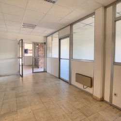 Location Local commercial Saran 20 m²