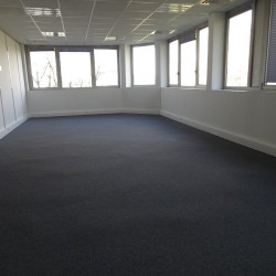 Location Bureau Labège 73 m²