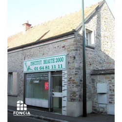 Location Local commercial Chartrettes 24 m²