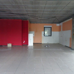 Location Local commercial L'Isle-Jourdain 137 m²