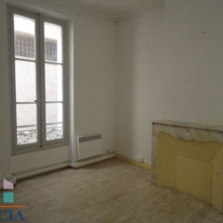 Location Local commercial Toulon 74 m²
