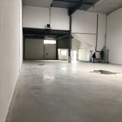 Location Local d'activités Groslay 439 m²