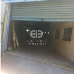 Location Local commercial La Trinité 140 m²