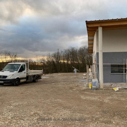Location Entrepôt Fareins 66 m²