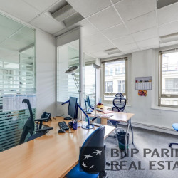 Location Bureau Paris 10ème 764 m²
