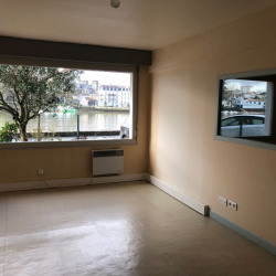 Location Local commercial Bayonne 91,3 m²