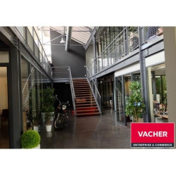 Location Bureau Floirac 123 m²