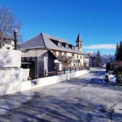 Vente Local commercial Uvernet-Fours 700 m²