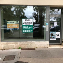 Location Local commercial Nancy 70 m²
