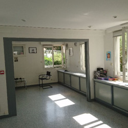 Location Local commercial Saint-Nom-la-Bretèche 146 m²