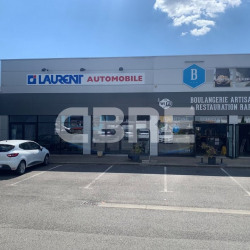 Location Local commercial Moulins 853 m²