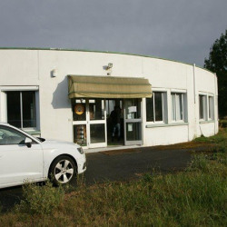 Location Local d'activités Frontenay-Rohan-Rohan 1100 m²