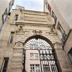 Location Bureau Paris 3ème 243 m²