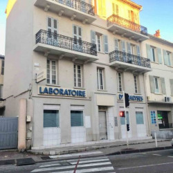 Location Local commercial Toulon 125 m²