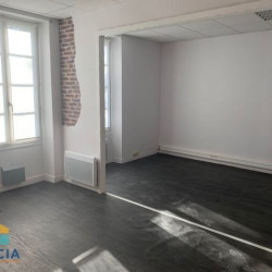 Location Local commercial La Garnache 0 m²