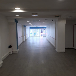 Vente Local commercial Bourges 182 m²