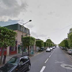 Location Local commercial Chartres 15,25 m²