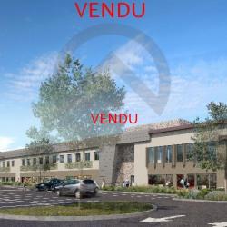 Location Local commercial Villeneuve-lès-Avignon 100 m²