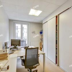 Vente Bureau Paris 1er 211 m²
