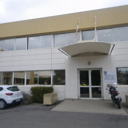 Location Bureau Baillargues 99 m²