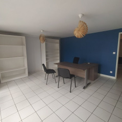 Location Bureau Beaumont 53 m²