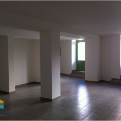 Location Local commercial Béziers 63 m²
