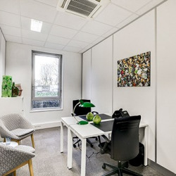 Location Bureau Villepinte 32 m²