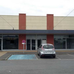 Location Local commercial Lisses 797,5 m²