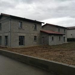 Maison  4 pièces + Terrain  381 m² Charentay